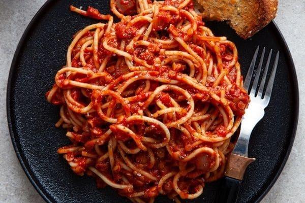 vegan lentil bolonese - healthy vegan pasta recipes